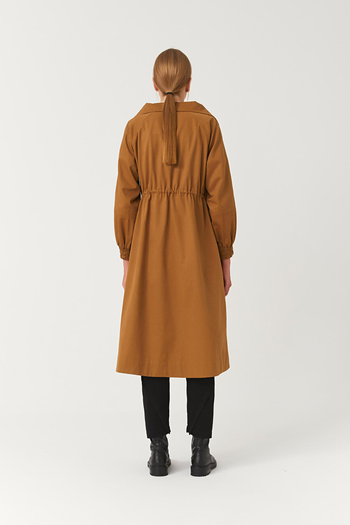 LONG COLLAR SHORT TRENCHCOAT
